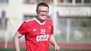 Глава региона сыграл в футбол с ветеранами в составе молодежной сборной