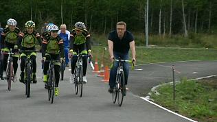 Алексей Текслер лично оценил качество велодорожки в Копейске