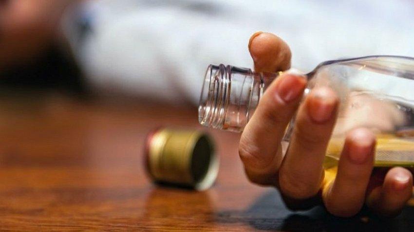 Количество смертей от алкогольных отправлений в Челябинской области выросло в 2,5 раза