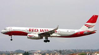 Рейс в Анталью из челябинского аэропорта снова задержали