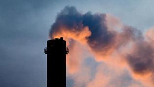 Из-за выбросов оштрафовали асфальтовый завод в Копейске
