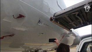 В аэропорту Челябинска трап протаранил самолет