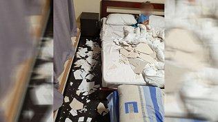 Семья из Челябинска пережила обрушение потолка в гостиничном номере