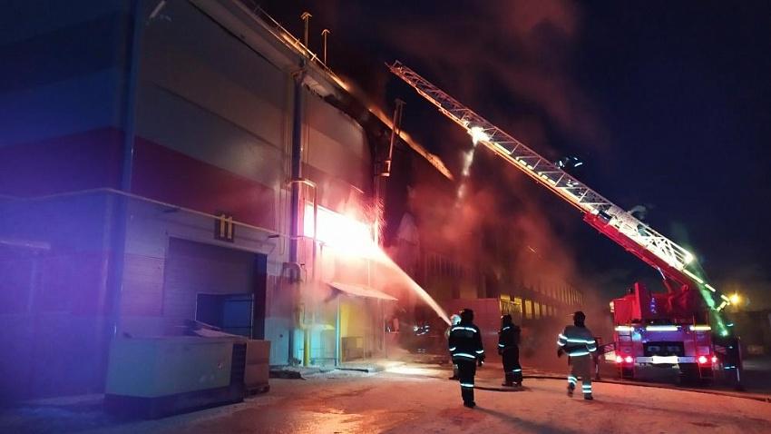 В МЧС рассказали подробности пожара на Челябинском компрессорном заводе