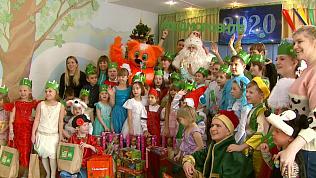 Настоящий Дед Мороз открыл первый новогодний утренник в Челябинске