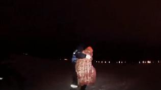 Замерзающего на Шершнях человека эвакуировали челябинские спасатели