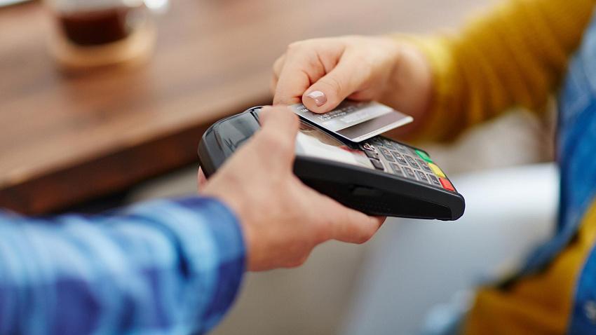 Что нужно знать перед обращением в банк, и где лучше оформить кредитную карту?