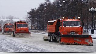 145 единиц техники будет бороться со снегом днем на дорогах Челябинска
