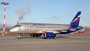 Дважды не смог взлететь самолет Sukhoi Superjet в аэропорту Челябинска