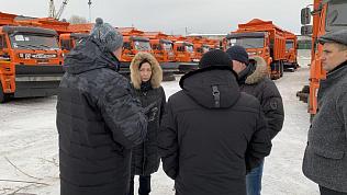 «Чистить так, чтобы виднелся бордюр»: Наталья Котова поручила лучше убирать снег