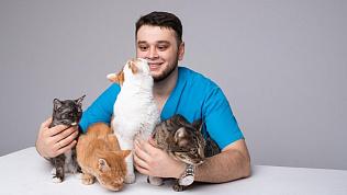 Баграт Агажанов, спасающий животных, ищет врачей в свою клинику