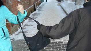Правоохранители задержали подозреваемого в грабеже в Копейске