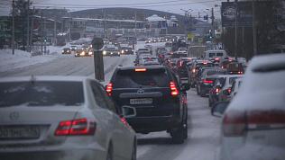 Снег, пробки, аварии: что происходит на дорогах Челябинска этим утром