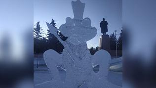 Фигуры в ледовом городке Челябинска снесут из-за возможного обрушения