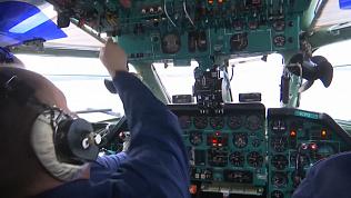 Военные пилоты оттачивают навыки взлёта и посадки