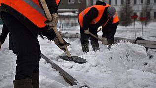 «У вас два дня»: глава Челябинска устроила разнос за не очищенные тротуары