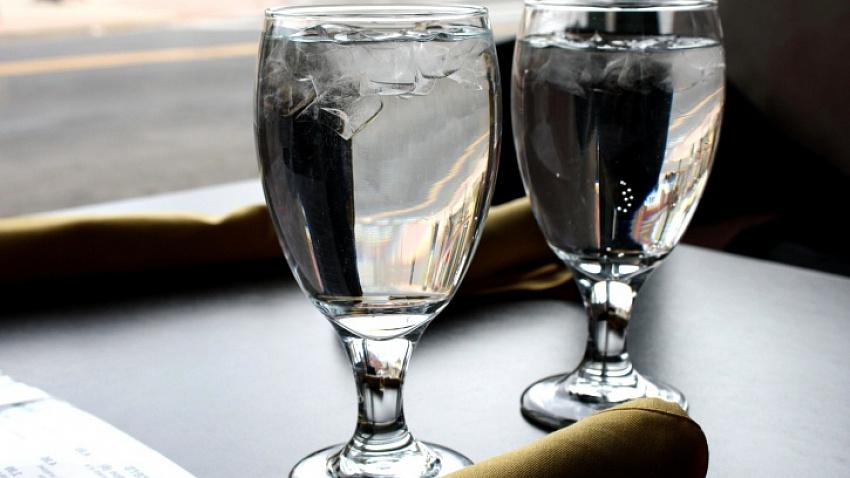 В новом ресторане гостям будут подавать умную воду