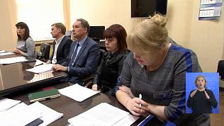 Олег Цепкин ведёт приём граждан