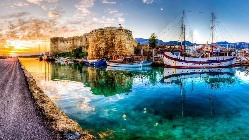 Морские глубины у берегов Северного Кипра