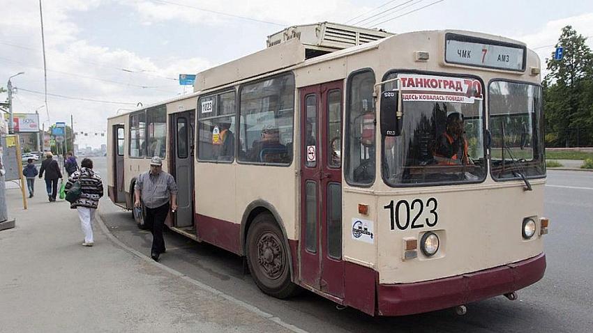 Челябинский транспорт перешел на особый режим работы