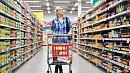 Россияне могут посещать гипермаркеты и супермаркеты