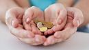Больше чем на миллион рублей за выходные пополнился благотворительный счёт минсоца