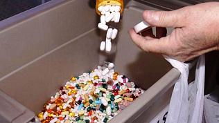 Просроченные лекарства нашли в больнице Троицкого района