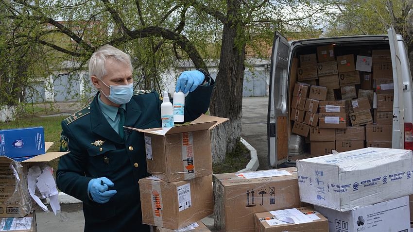 Маски, перчатки и антисептик конфисковали на челябинской таможне