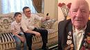 Алексей Текслер поздравил своего дедушку с Днём Победы