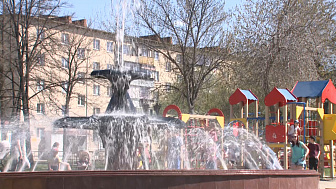 В центре Миасса отремонтировали фонтан