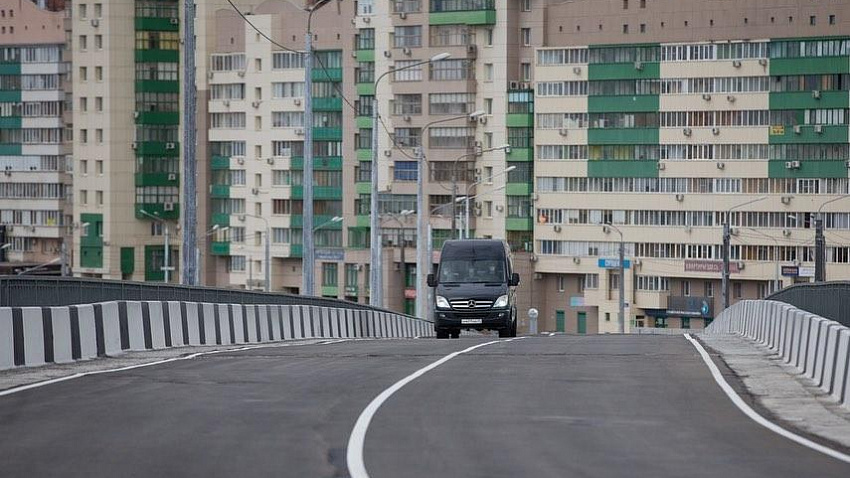 В Челябинске ввели в эксплуатацию транспортную развязку на улице Братьев Кашириных