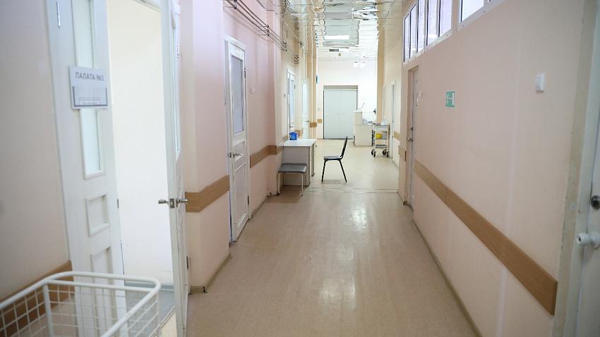 Двое жителей Курганской области заразились коронавирусом в Челябинске