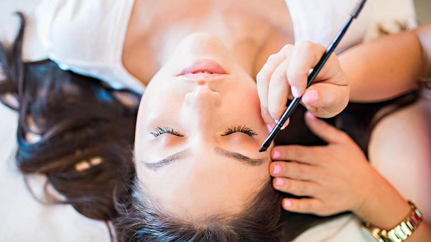 Профессиональная хна и краска для бровей: выбор экспертов броу-сервиса