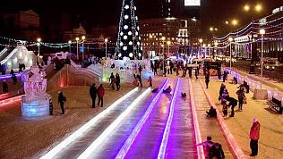 Челябинцам предлагают выбрать идею ледового городка