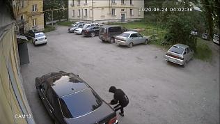 Автомобили Златоуста подверглись вооружённому нападению