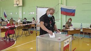 Герой труда из Магнитогорска проголосовал по поправкам в Конституцию