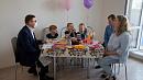С новосельем и днём рождения девочек-тройняшек поздравил челябинскую семью Алексей Текслер