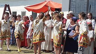 «Хотели сделать его камерным, уютным, домашним»: фестиваль славянской культуры и сельского эко-туризма прошел в Челябинской области
