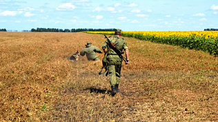 Алексей Текслер побывал в подразделении пограничного управления ФСБ