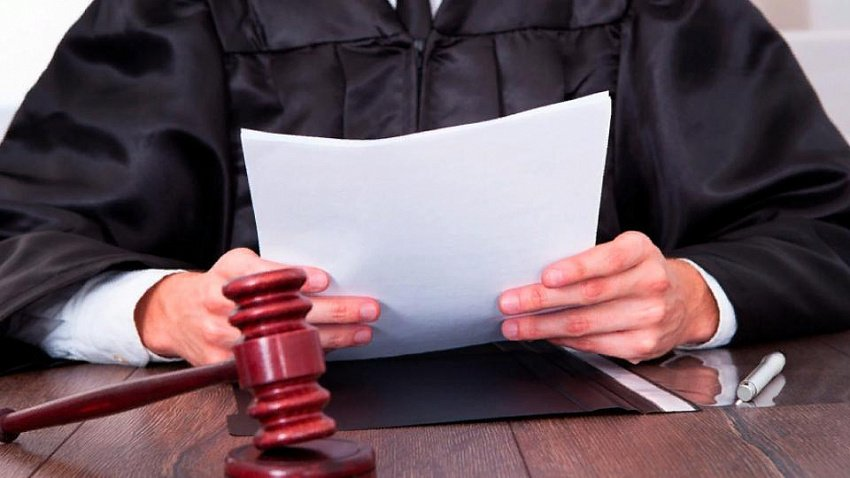 Директора муниципального учреждения будут судить за мошенничество в Златоусте