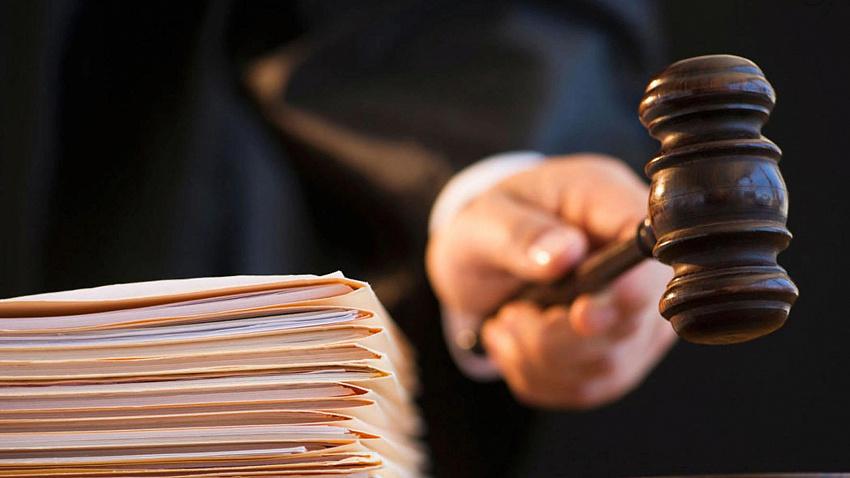 Виновен: суд вынес приговор депутату, застрелившему супругу из-за ревности