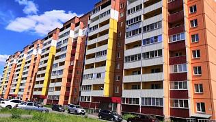 Молодая мать разбилась, выпав из окна, в Магнитогорске