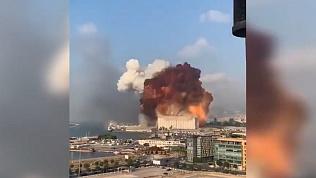 Страшный взрыв в Бейруте: видео очевидцев с разных точек