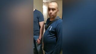 Оперативное видео задержания подозреваемого в незаконном обороте наркотиков