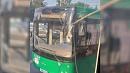 «Не поняли, что произошло»: троллейбус проткнул «рогом» окно автобуса в центре Челябинска