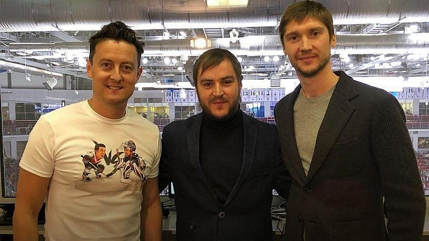 «До лучших времен»: сотрудничество Стаса Ярушина и ХК «Трактор» отложено
