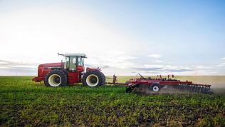 Трактор RSM 2375 — проверенное решение для сложных задач
