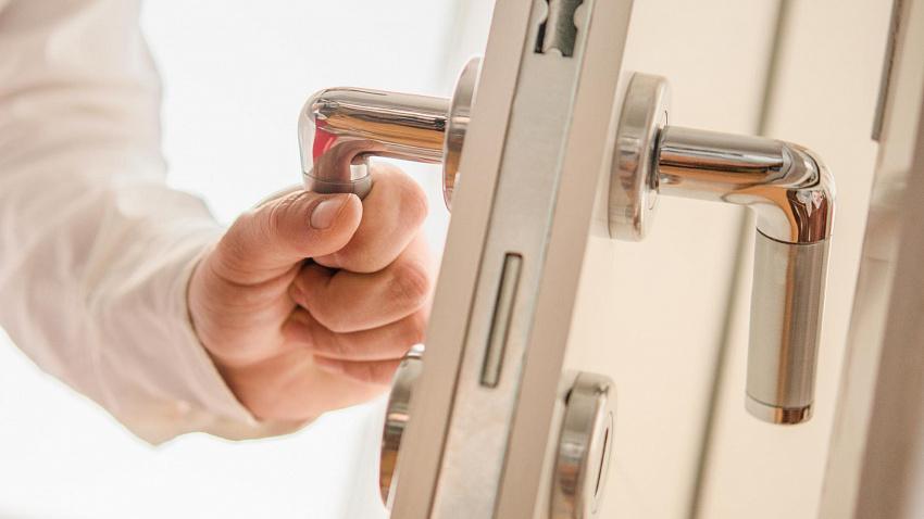 Типы и виды дверей в жилых домах