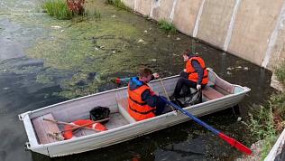 В Магнитогорске добровольцы очистили акваторию реки Урал