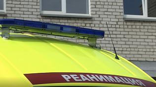 РМК подарила Челябинской области 10 «скорых» и 2 реанимобиля
